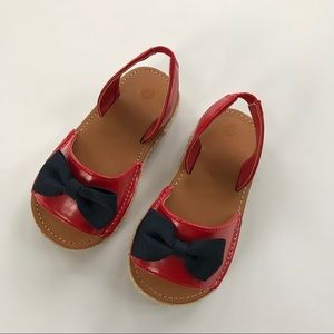 Other - Like New Red sandal w/ Navy bow Sz 7